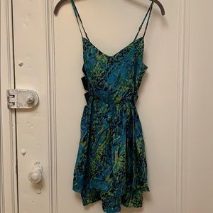 Gorgeous dress perfect for the springtime